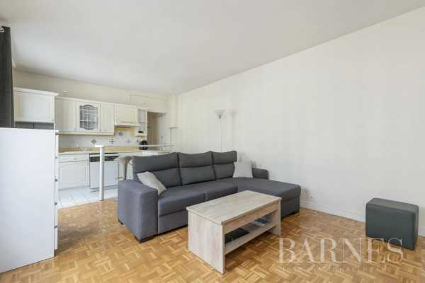 Appartement Neuilly-sur-Seine  -  ref 5583746 (picture 2)