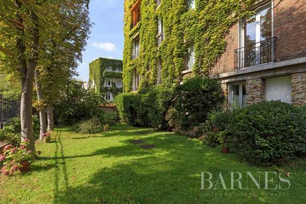 Appartement Neuilly-sur-Seine  -  ref 5990601 (picture 2)