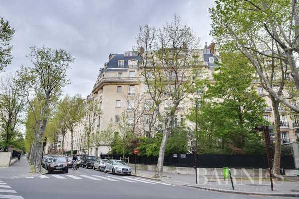 Appartement Neuilly-sur-Seine  -  ref 4816468 (picture 3)