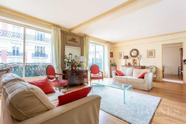 Apartment Neuilly-sur-Seine  -  ref 3322280 (picture 2)