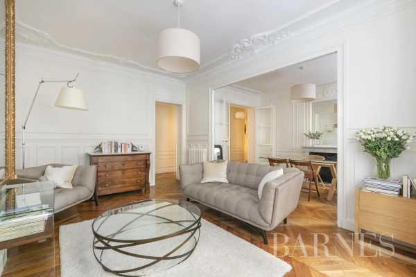 Appartement Neuilly-sur-Seine  -  ref 5850450 (picture 3)