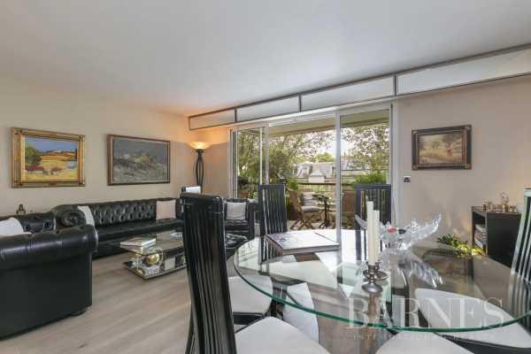 Appartement Neuilly-sur-Seine  -  ref 6085972 (picture 2)