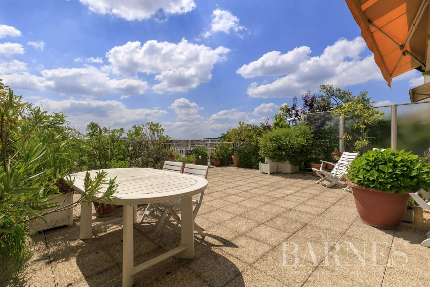 Neuilly-sur-Seine  - Apartment 2 Bedrooms - picture 1