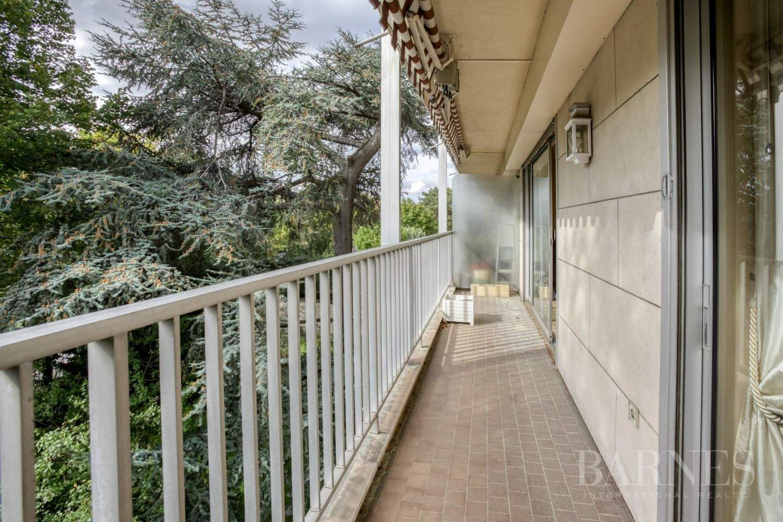 Neuilly-sur-Seine  - Appartement 4 Pièces 2 Chambres - picture 2