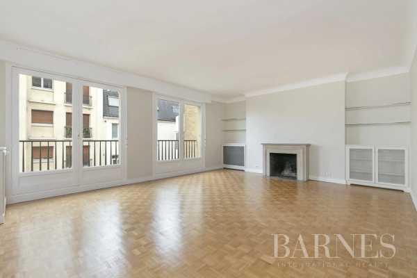 Appartement Paris 75016  -  ref 5837114 (picture 3)