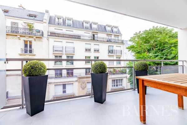 Appartement Paris 75016  -  ref 5808374 (picture 2)