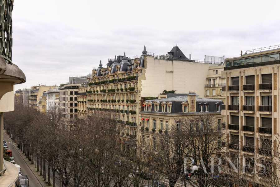 Apartment Paris 75008