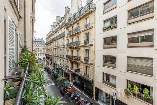 Appartement Paris 75001  -  ref 4388375 (picture 2)