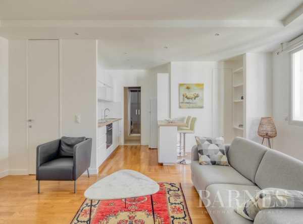 Appartement Paris 75008  -  ref 4210572 (picture 2)