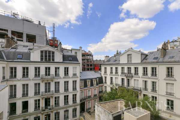 Appartement Paris 75008  -  ref 4235890 (picture 1)