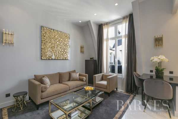 Piso Paris 75008  -  ref 3821826 (picture 2)
