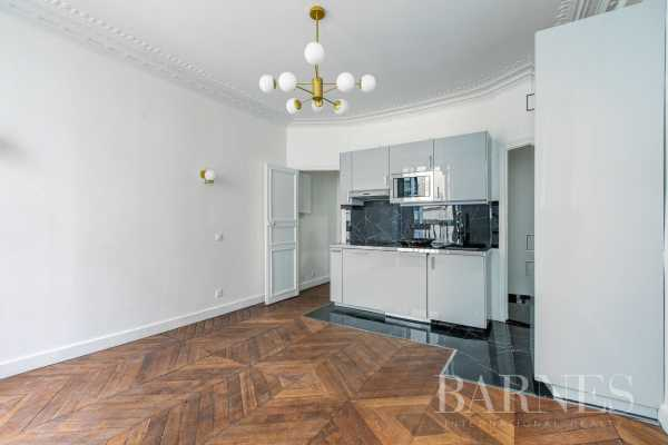 Appartement Paris 75001  -  ref 4388375 (picture 2)