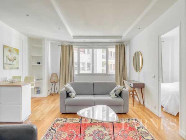 Appartement Paris 75008  -  ref 4210572 (picture 1)