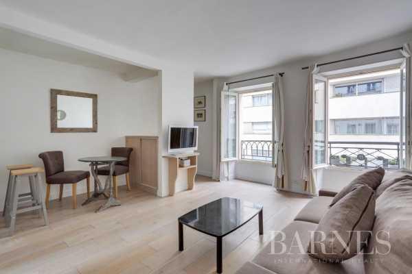 Appartement Paris 75007  -  ref 5167465 (picture 2)