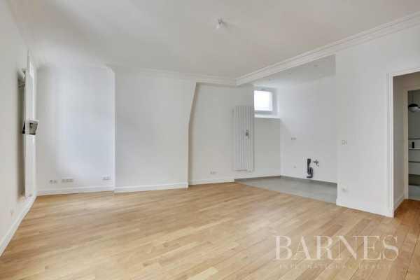 Appartement Paris 75006  -  ref 3848071 (picture 3)
