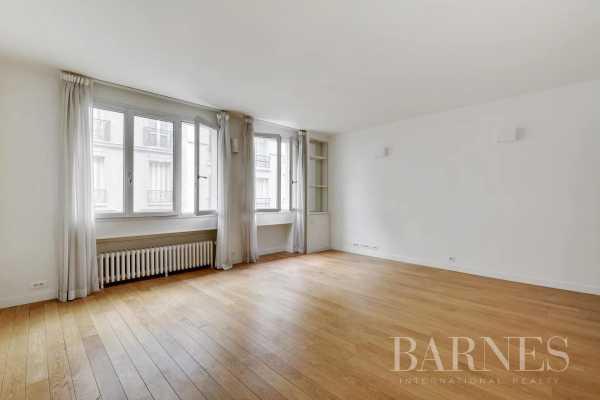 Apartment Paris 75007  -  ref 5780632 (picture 2)