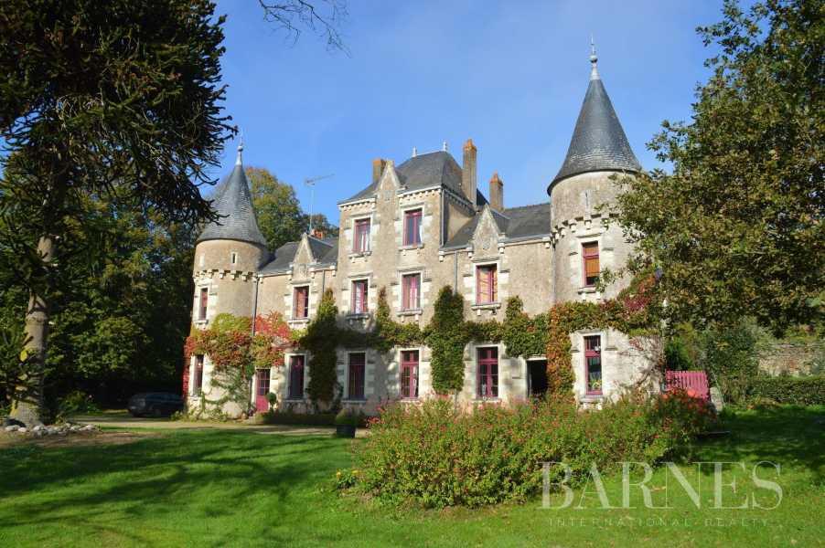Missillac  - Château 20 Pièces 12 Chambres