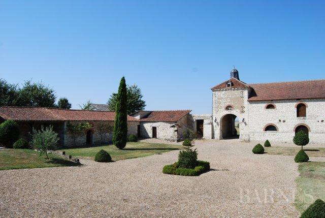 Thouars  - Señorío 15 Cuartos 10 Habitaciones