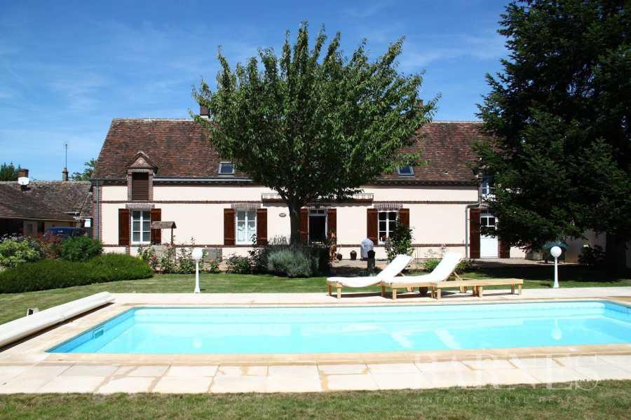 Maison de village Brou