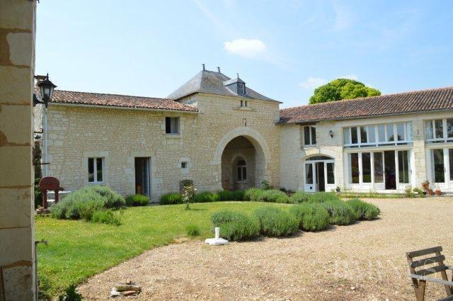 Saumur  - Manoir 10 Pièces 5 Chambres