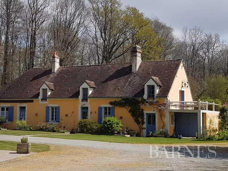 Nogent-le-Rotrou  - Propriété 12 Pièces