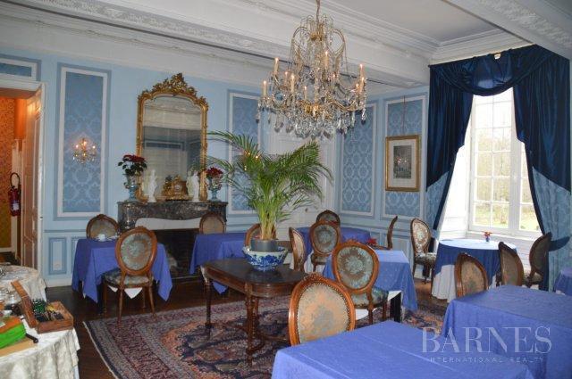 Nantes  - Château 26 Pièces 22 Chambres