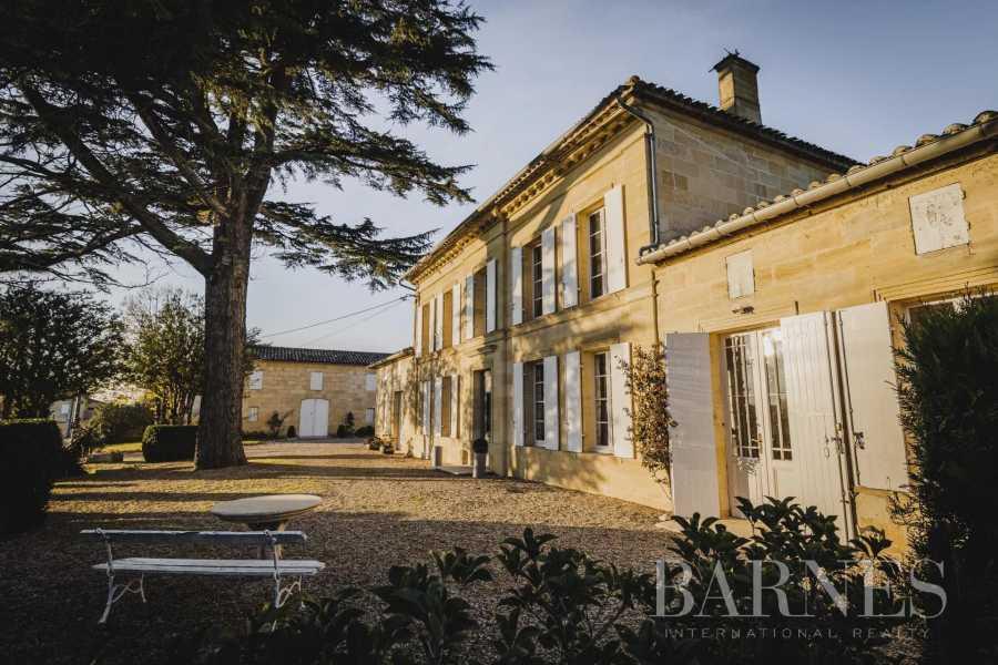 Saint-Émilion  - Propriété viticole 7 Pièces