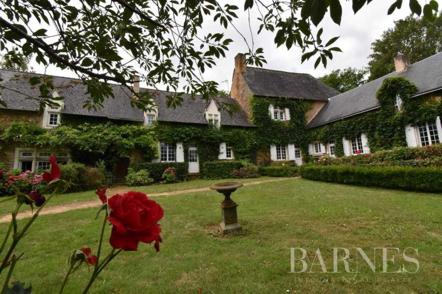 Bernay  - Maison 18 Pièces