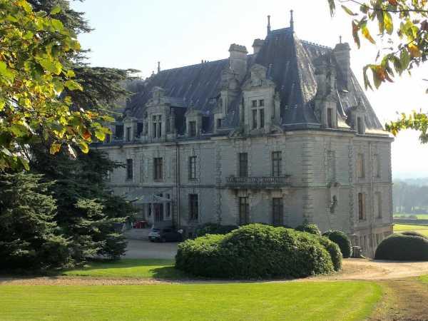 Vente de châteaux prestigieux en France - BARNES Ventes ...