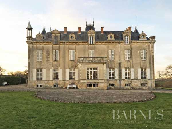 Château Fontenay-le-Comte  -  ref 3431756 (picture 2)