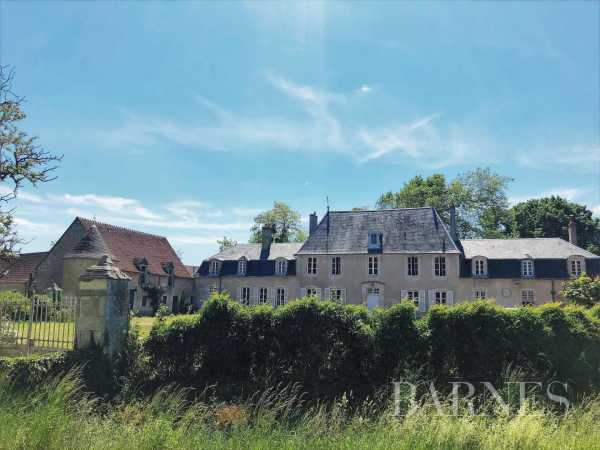 Château Bourges  -  ref 5593153 (picture 1)