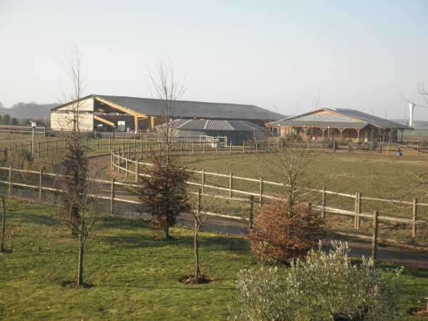 Haras Tours  -  ref 2554456 (picture 2)