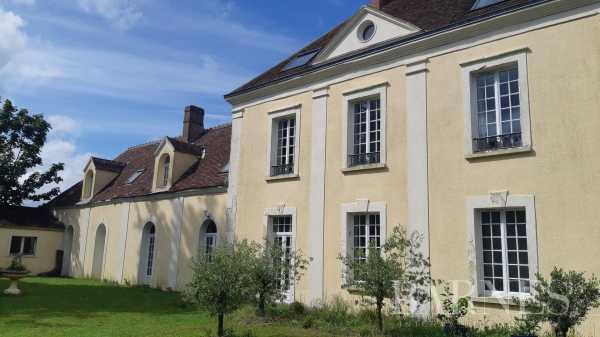 Propriété Nogent-le-Rotrou  -  ref 6088379 (picture 1)