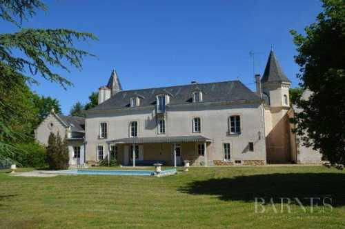 Château Poitiers  -  ref 2553616 (picture 1)