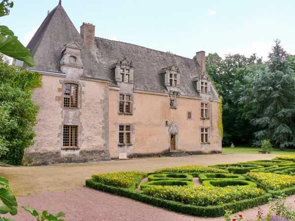 Château Tours  -  ref 2553603 (picture 1)