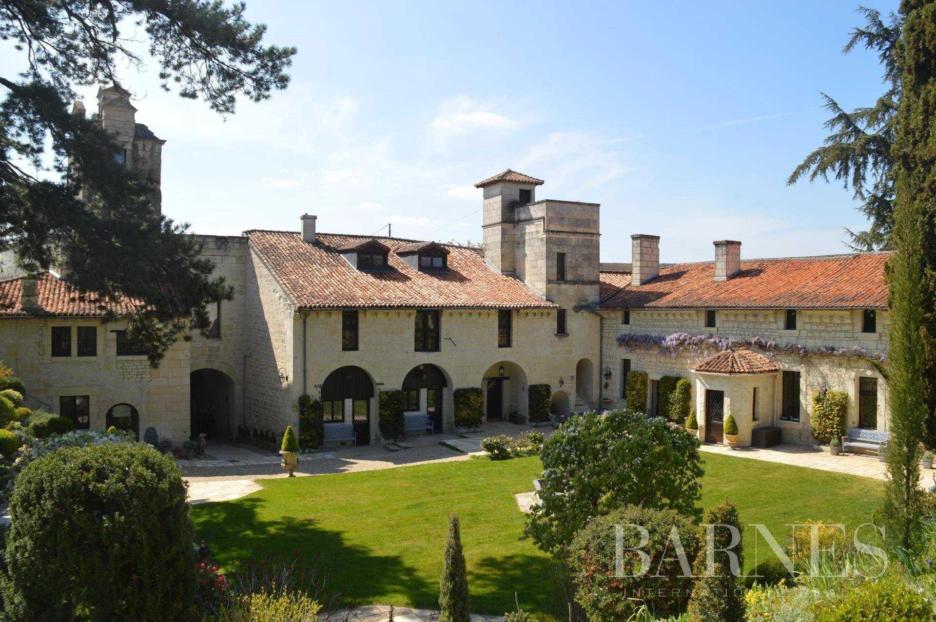 Château Loudun  -  ref 5507808 (picture 3)