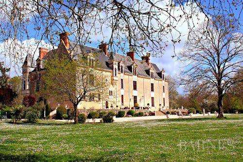 Castle Nantes  -  ref 2553962 (picture 1)