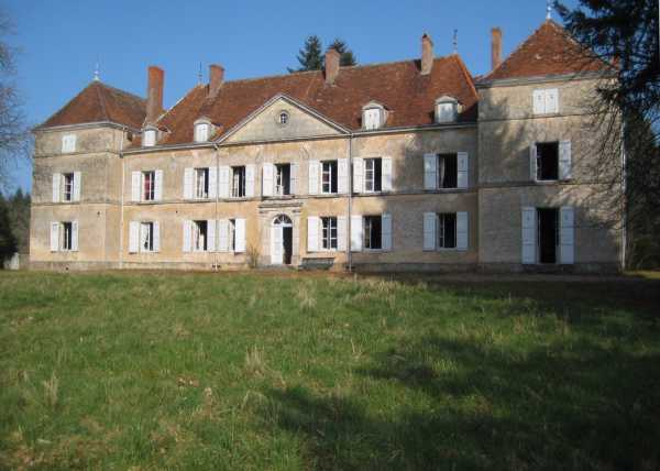 Château Cluny  -  ref 2554395 (picture 1)