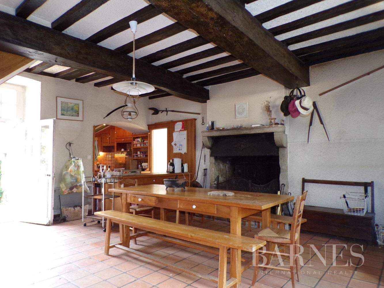 Challans  - Maison 16 Pièces 5 Chambres - picture 10