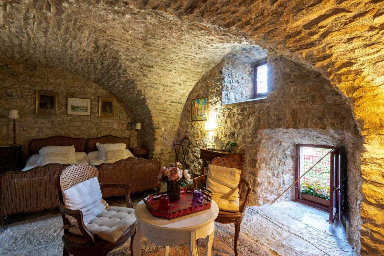 Lodève  - House 8 Bedrooms - picture 10