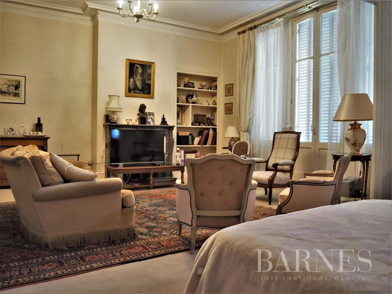 Orléans  - Hôtel particulier 6 Pièces 5 Chambres - picture 5