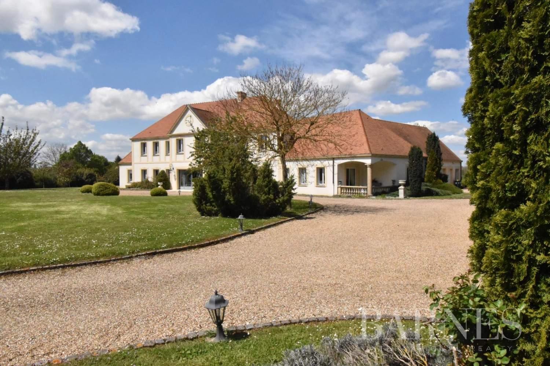 Pacy-sur-Eure  - Maison 10 Pièces 5 Chambres - picture 3