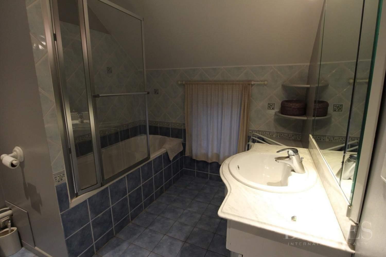 Orgeval  - Maison 11 Pièces 7 Chambres - picture 12