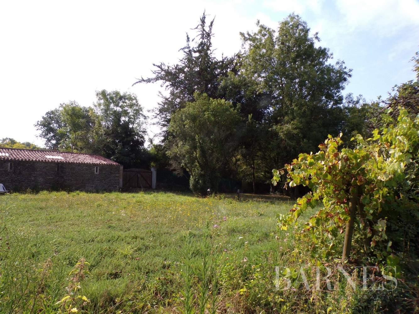 Challans  - Maison 16 Pièces 5 Chambres - picture 13