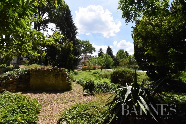 Saulx-les-Chartreux  - Maison 20 Pièces 8 Chambres - picture 9