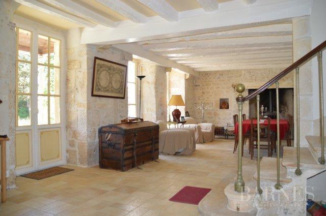 Saint-Savin  - Château 8 Pièces 5 Chambres - picture 10