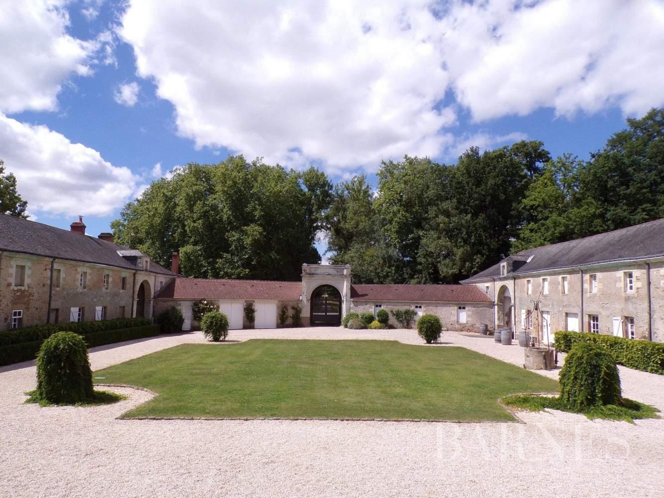Nantes  - Château 20 Pièces 12 Chambres - picture 4