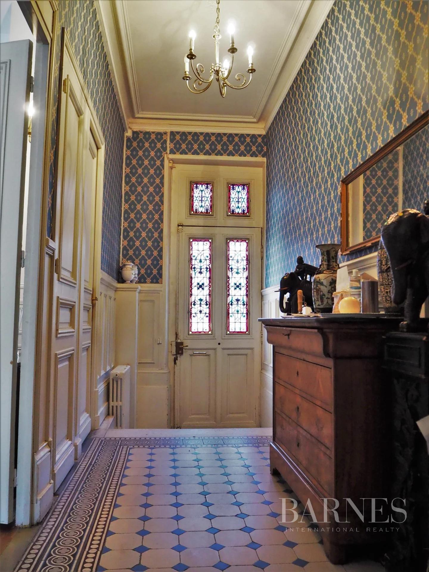 Orléans  - Hôtel particulier 6 Pièces 5 Chambres - picture 4