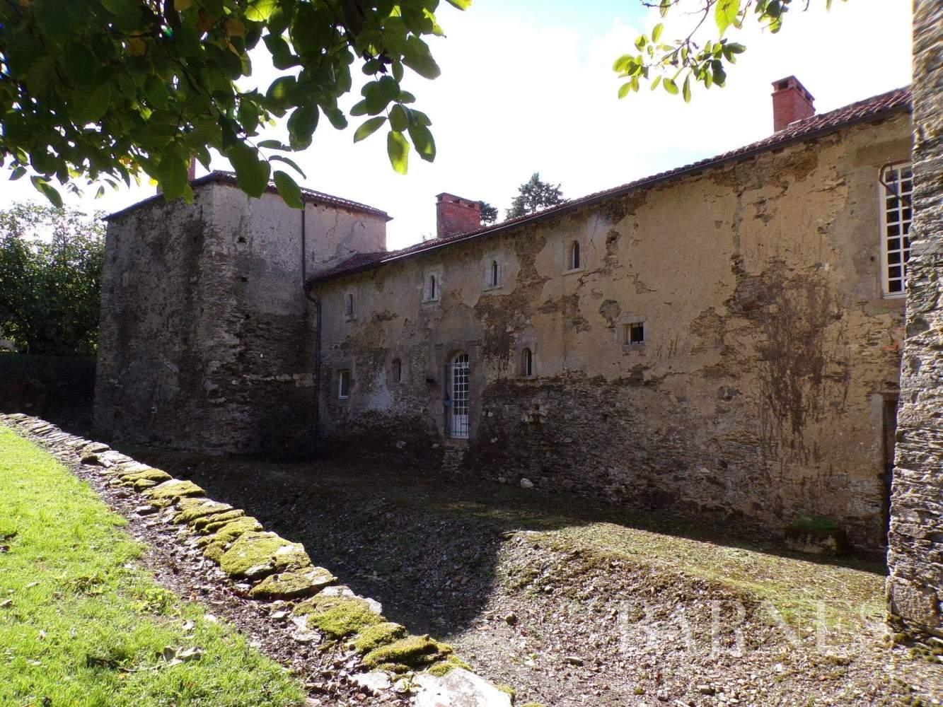 Chantonnay  - Maison 10 Pièces - picture 5