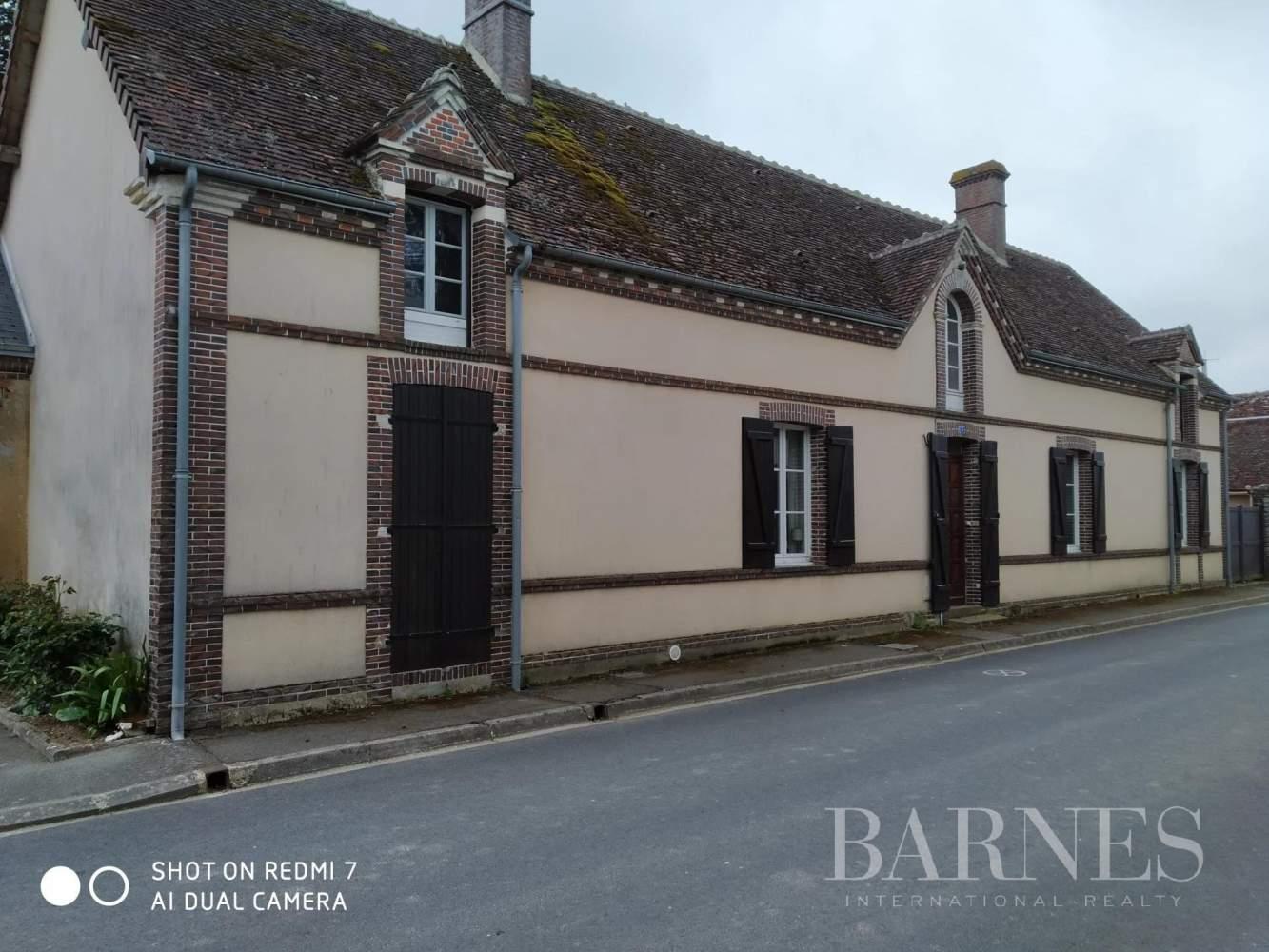 Brou  - Maison de village 9 Pièces - picture 4